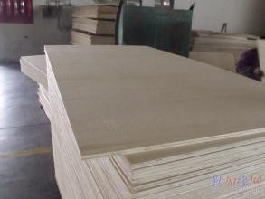 唐山杨木面包装箱板